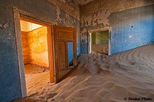 Our photography tours provide opportunities to photograph many exciting subjects including breath-taking sunsets and sunrises, contrasting and wonderful landscapes, Himba, San and Herero cultures, colonial architecture, ghost towns, other-worldly plants and extraordinary wildlife. Kolmanskop is a photographer's dream